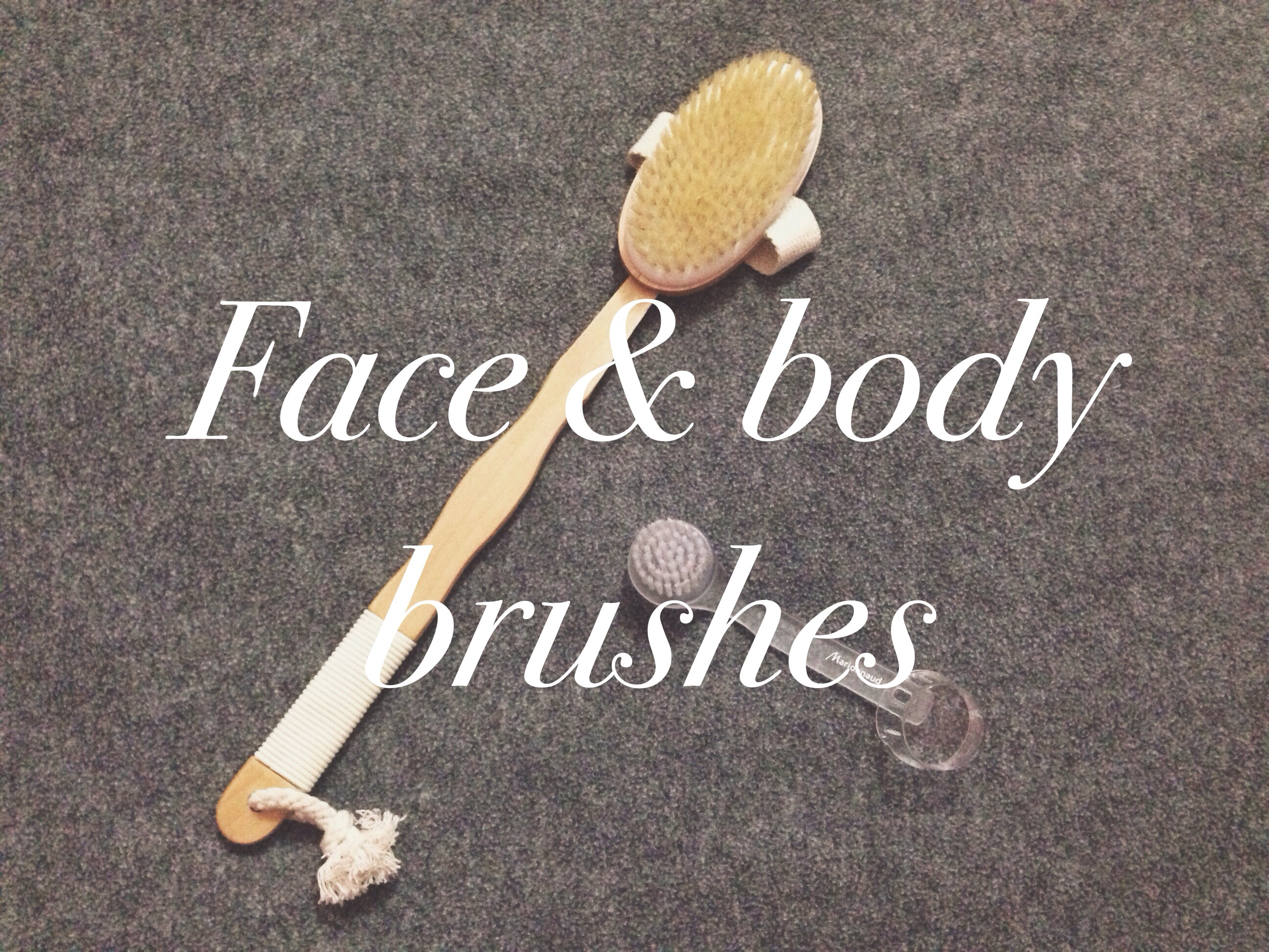 Dry Body Srubbing + Manual Face Brush Cleanser