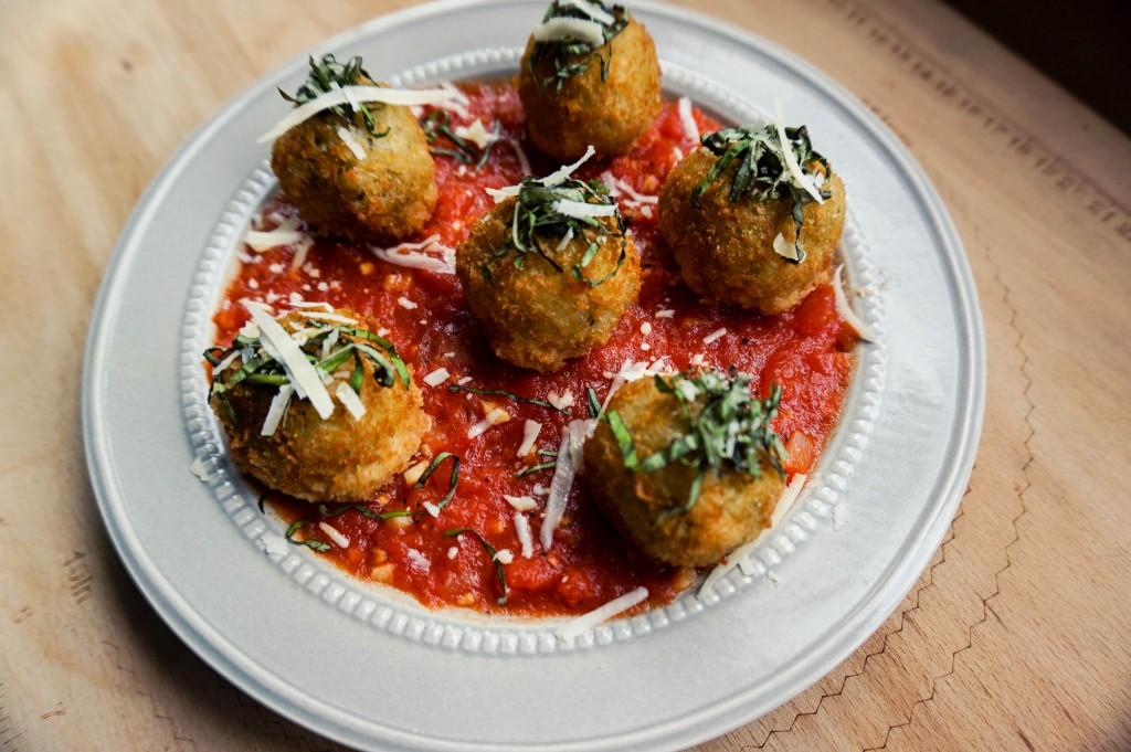 Vanderlust Bistro + Patisserie Tomas Morato Food
