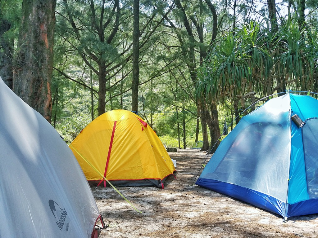 Camping in Long Ke Wan Beach