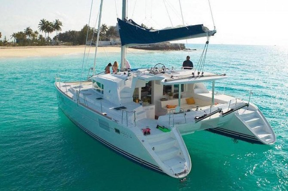 Top Places For A Sailing Vacation On A Catamaran In Mauritius