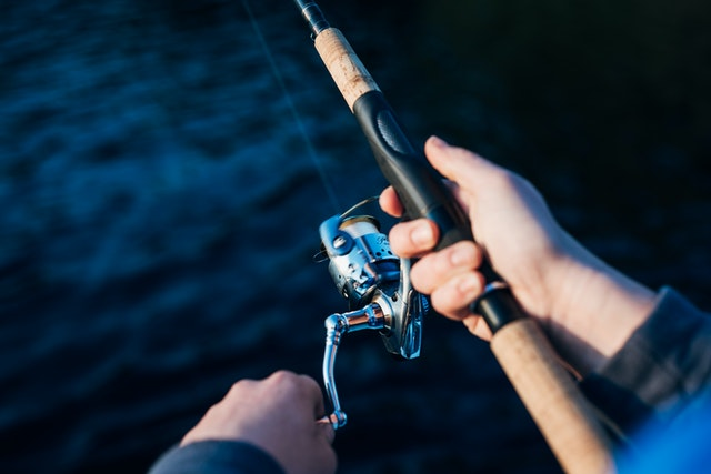 How to Choose the Right Reels and Rods for Saltwater Fishing